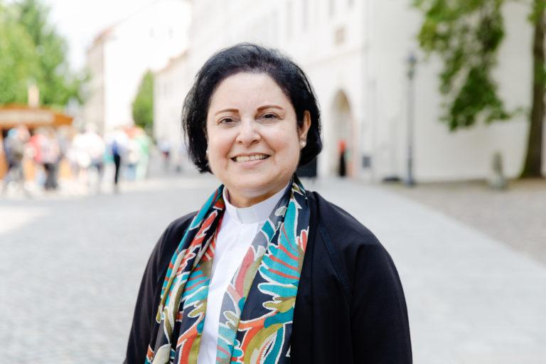 Najla Kassab, Pfarrerin der Evangelischen Kirche von Syrien und Libanon sowie Präsidentin der Weltgemeinschaft Reformierter Kirchen.